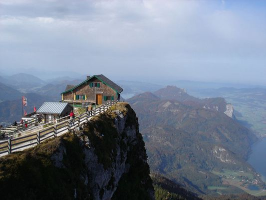 Schutzhütte zur Himmelspforte auf dem Schafberg