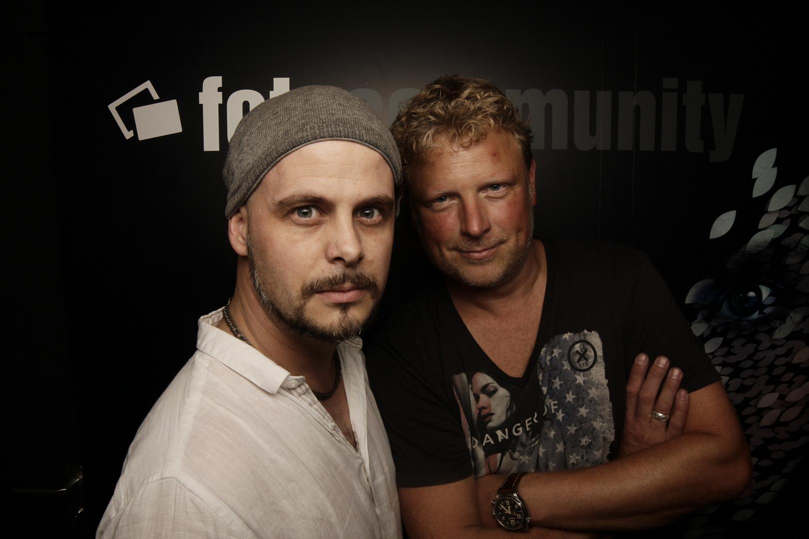Schwaighofer & Heinrichs posen in der Photobooth