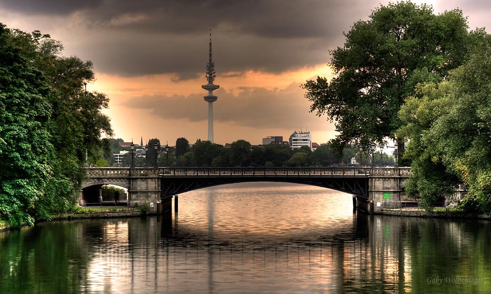 Schwanenwikbrücke...