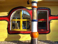 Schwarz-Rot-Gold - Das Hundertwasserhaus