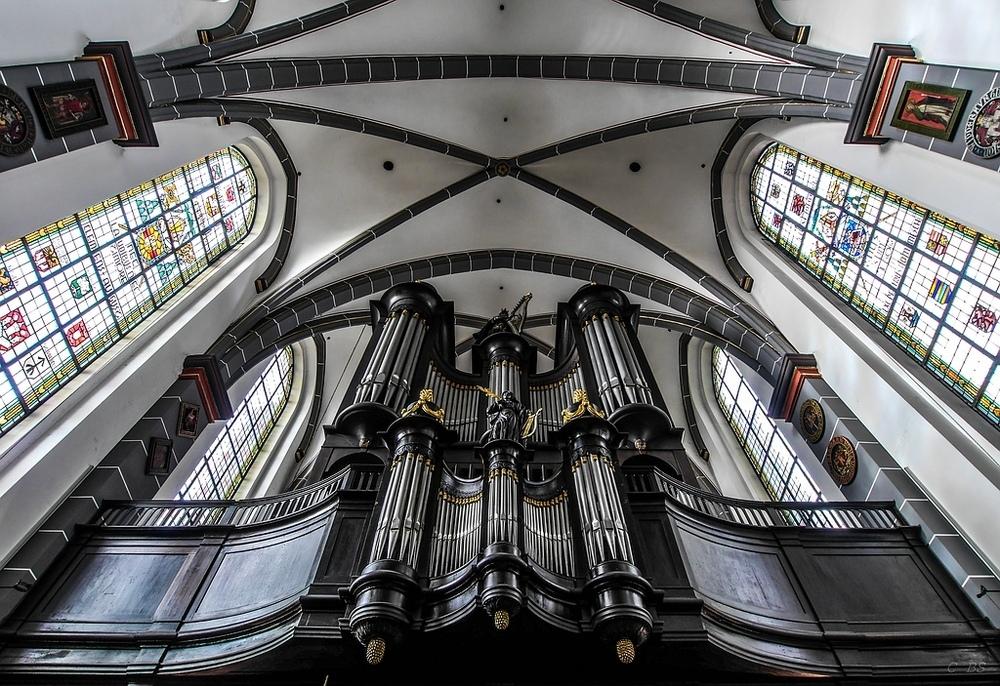 Schwarze Orgel in der Kerzenkapelle in Kevelaer