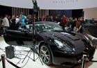 Schwarzer Ferrari auf dem Hasselblad - Stand der photokina 2012