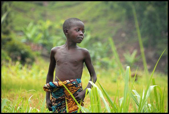 Schwarzer Junge in Rwanda