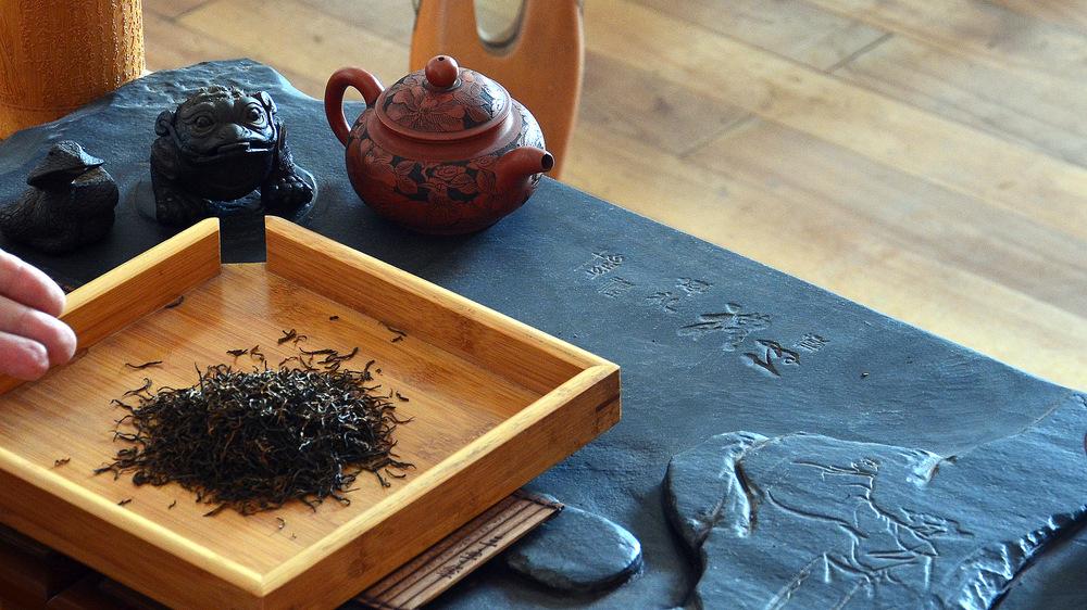 Schwarzer Tee aus dem Wuyi Gebirge
