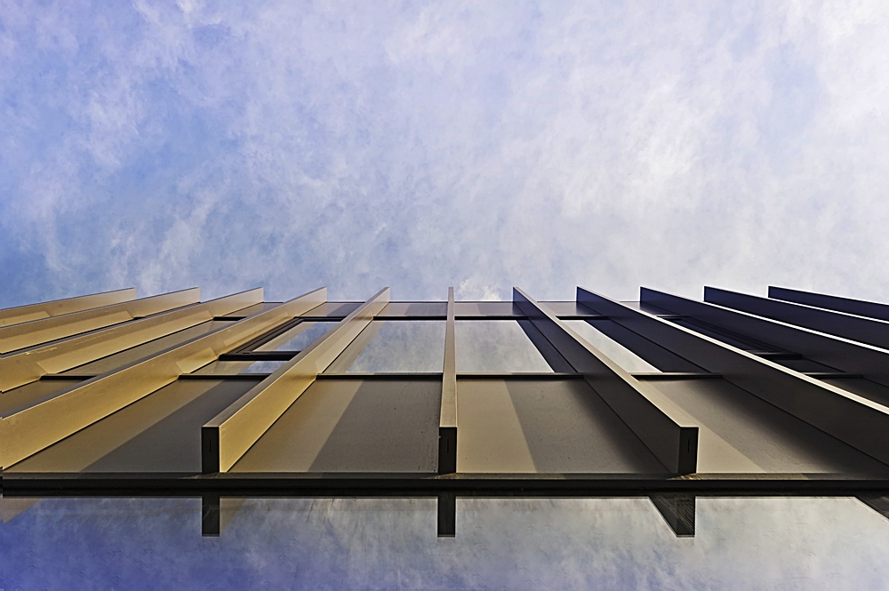 schwebende Fassade