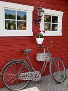 Schwedenhaus mit Rad