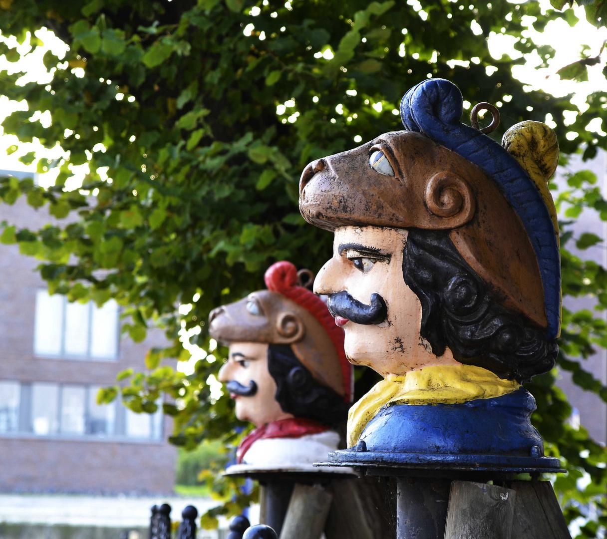 Schwedenköpfe vor dem Alten Zollhaus