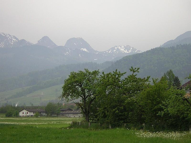 Schweizer Landschaft mit Berge