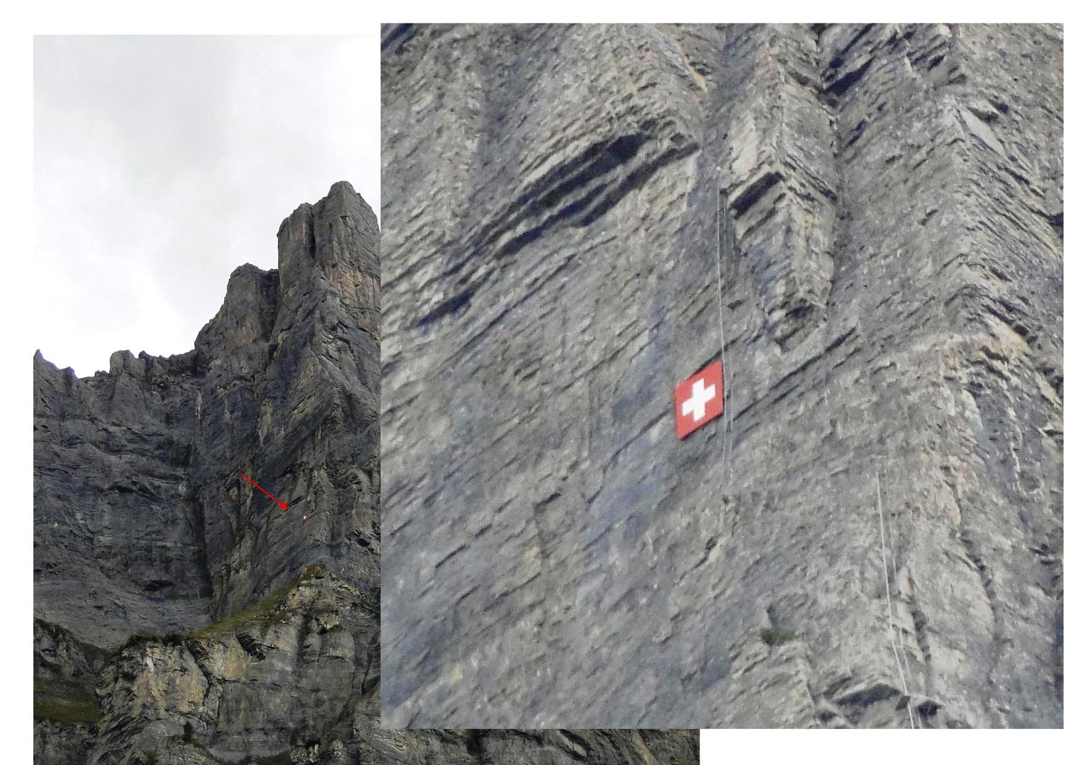 Schweizerkreuz in der Gemmiwand