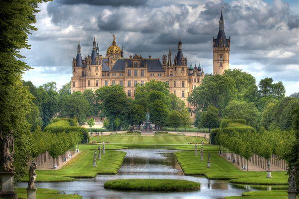 Schweriner Schloss + Schlossgarten - HDR High Dynamic Range