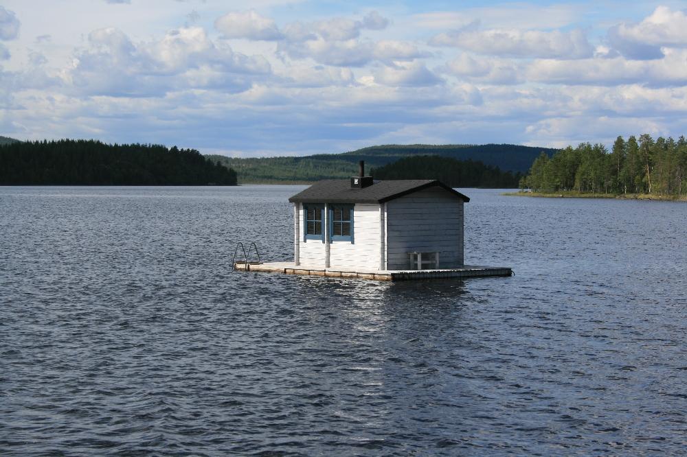 Schwimmende sauna foto bild architektur l ndliche architektur motive bilder auf fotocommunity - Sauna architektur ...