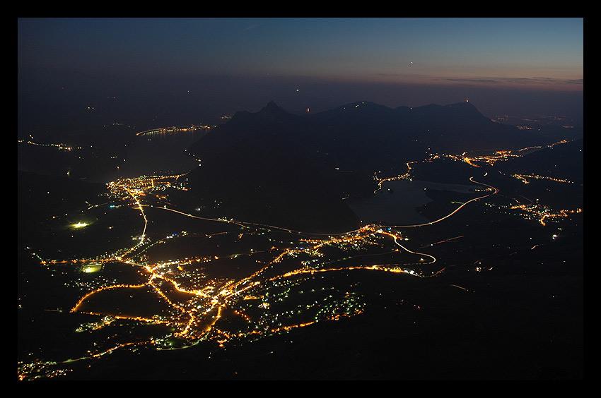 Schwyz (SZ) am Abend (Blick vom Großen Mythen)