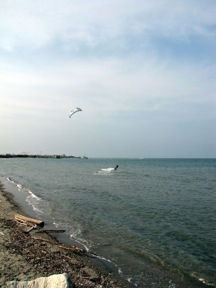 Scivolando sull'acqua by Rosanna P.