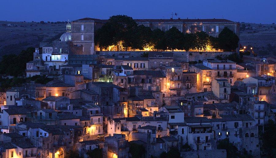Scorcio serale di Ragusa Ibla