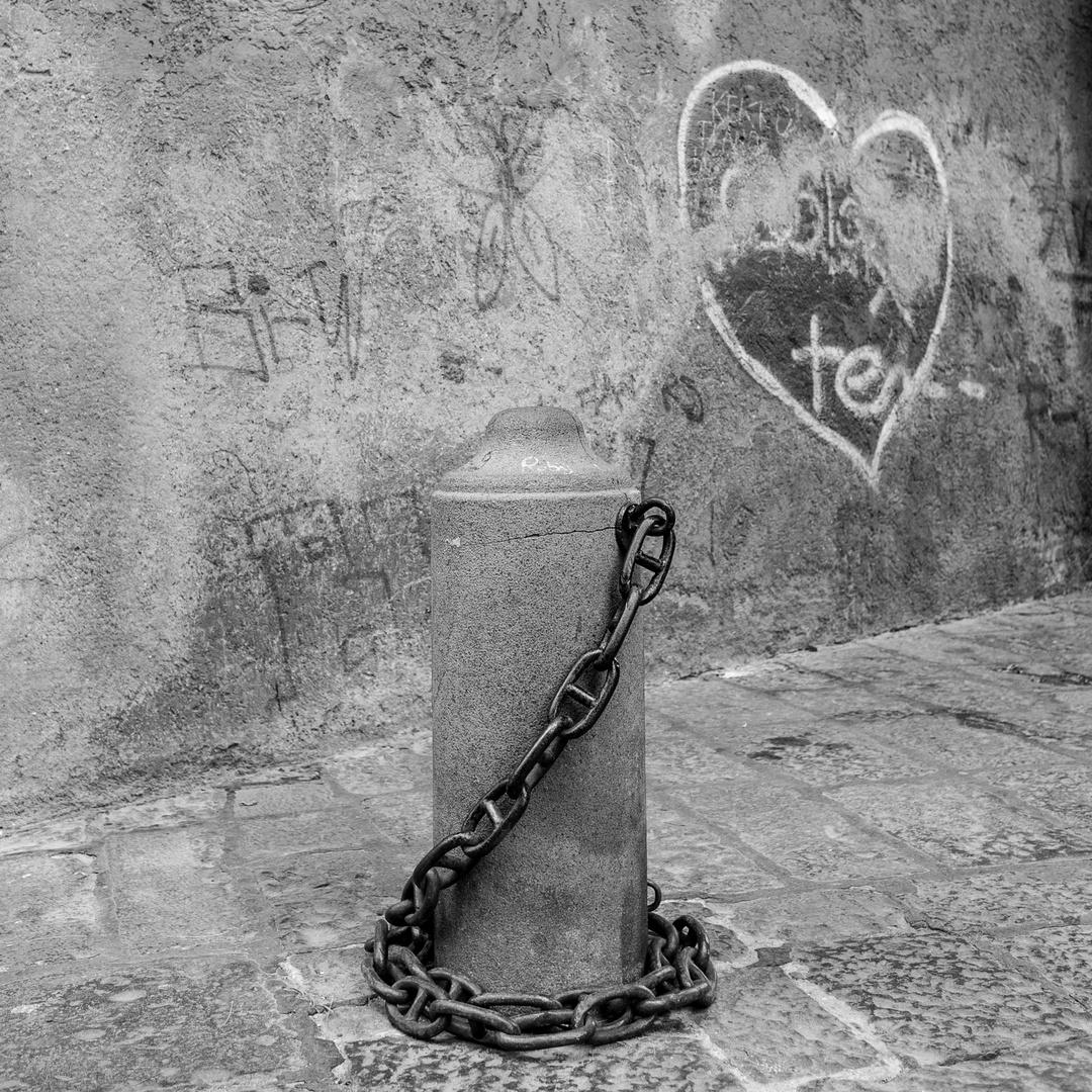 Se puede encadenar, el amor