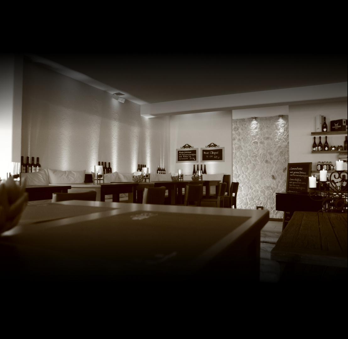 Sea Bar & Lounge