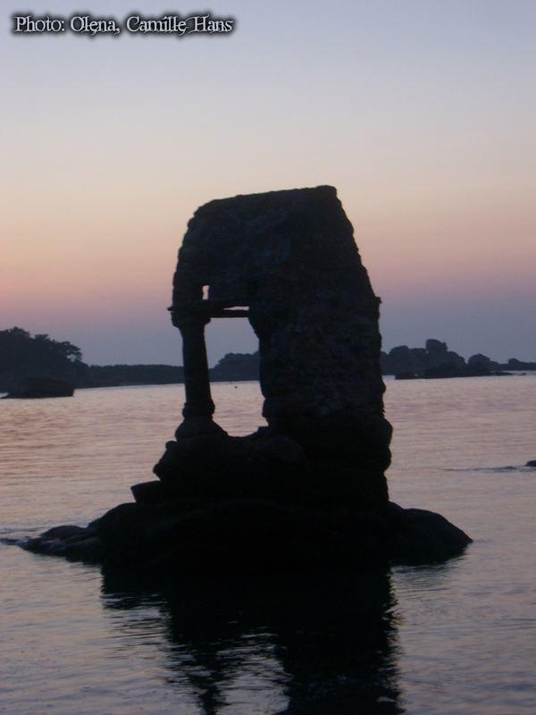 Sea ruin