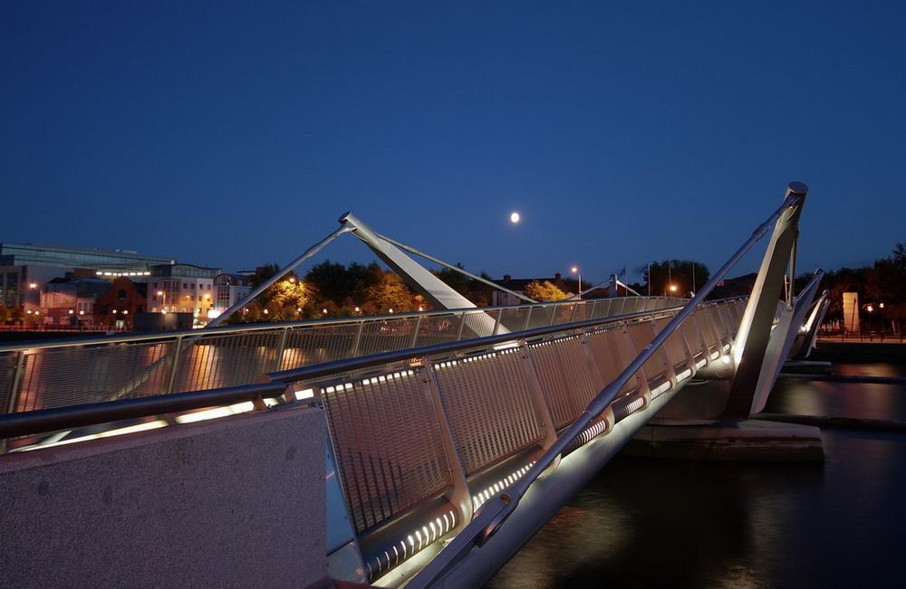Sean O'Casey Bridge in den Docklands