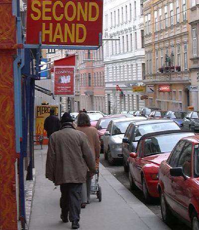 second hand condomi piercing separee kinderwagen ...