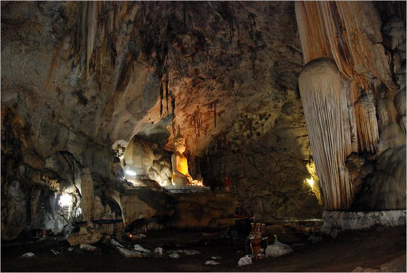 secret cave with Buddha