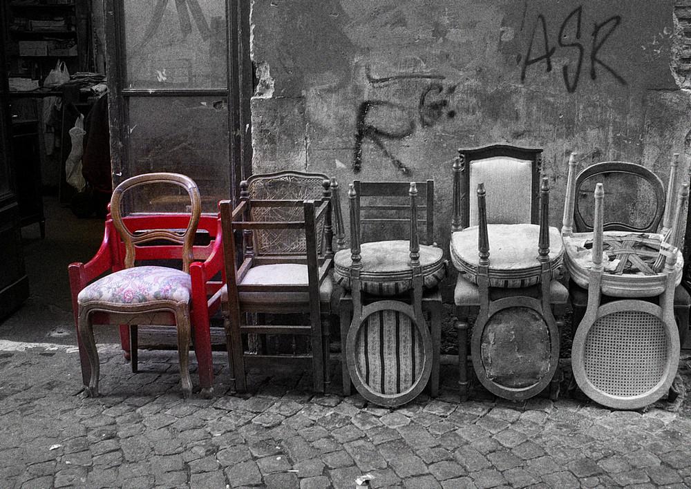sedie-via della croce -roma