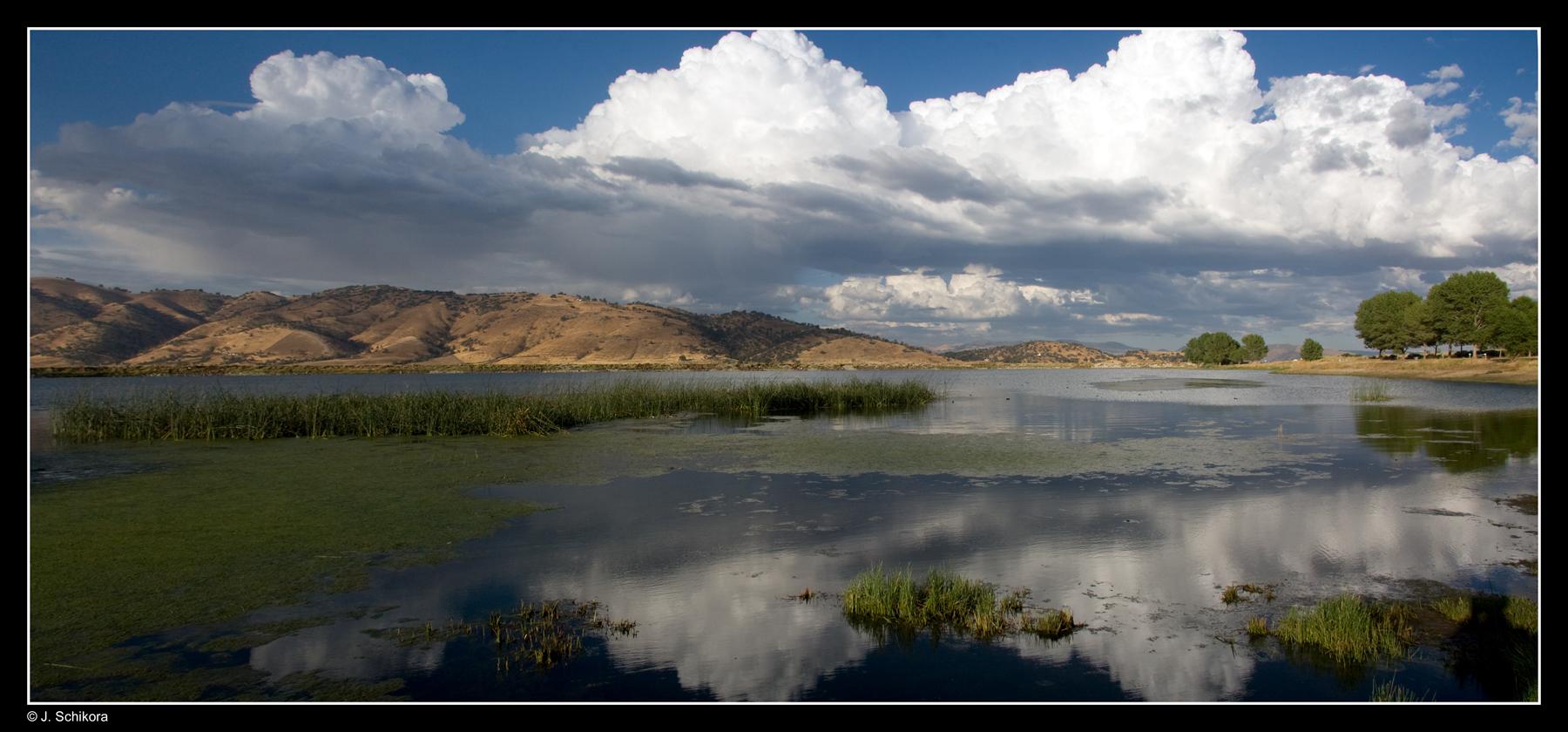 See am Rande der Mojave Wüste