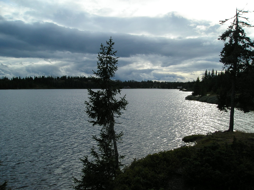 See von Sjusjoen (Lillehammer-Norwegen)