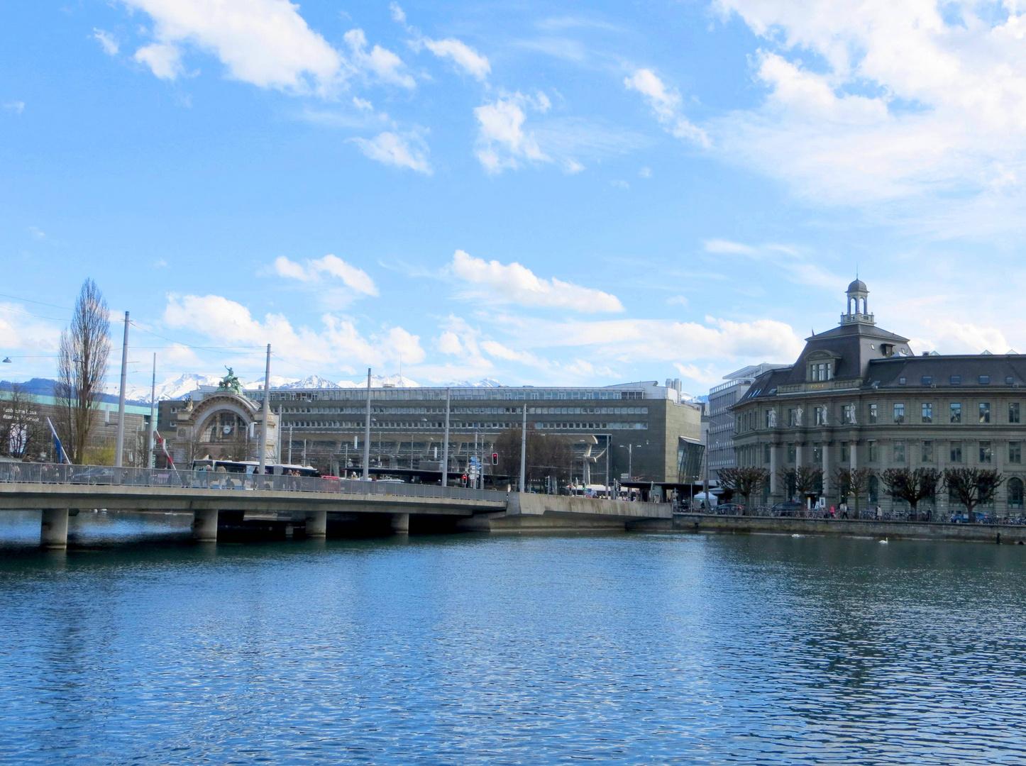 Seebrücke, Bahnhof & Hauptpost