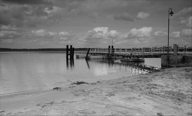 Seebrücke Großkoschen s/w #3