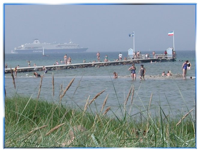 Seebrücke in Stein (Ostsee) ausgangs der Kieler Förde II