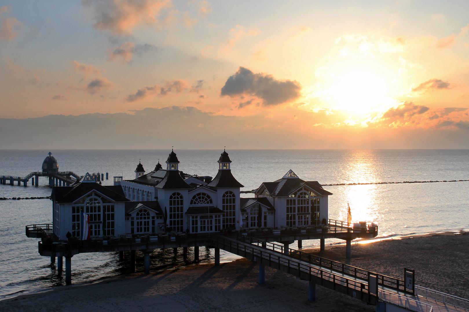 Seebrücke Sellin im Morgenlicht