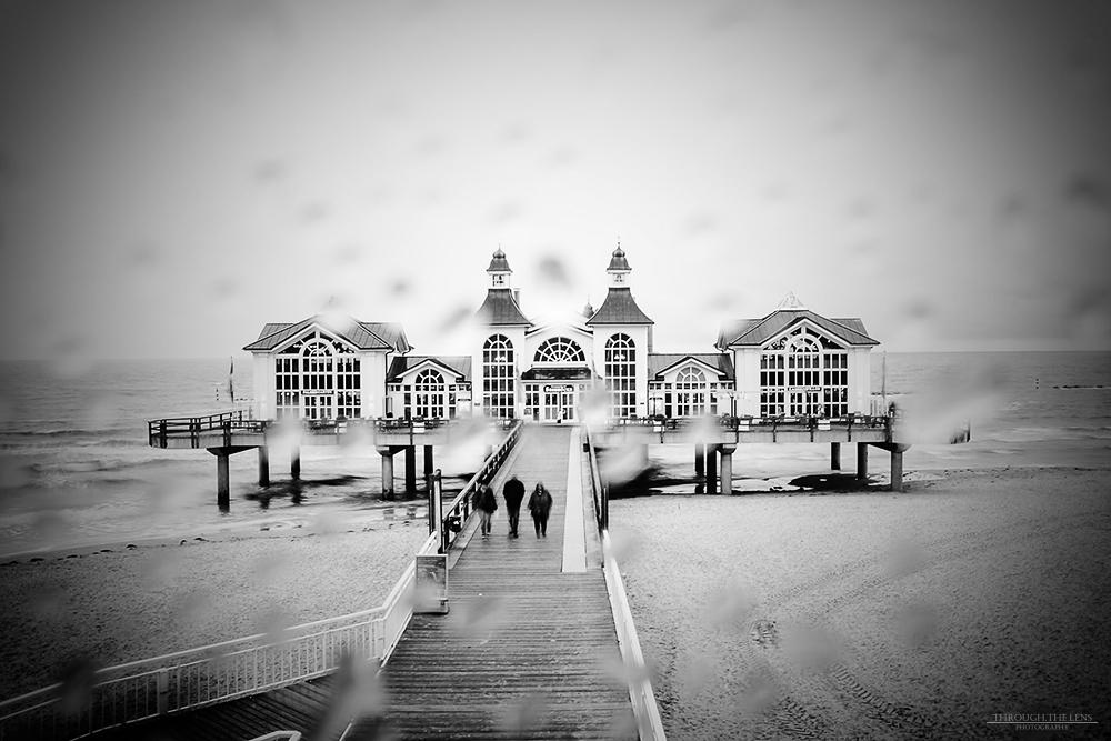 Seebrücke Sellin im Regen