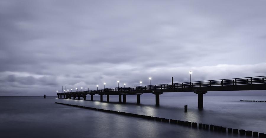 Seebrücke Zingst nach Sonnenuntergang