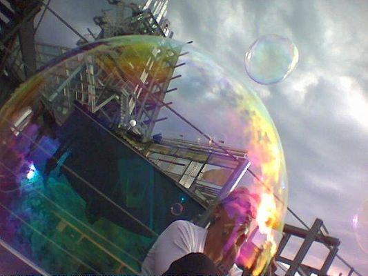 Seebühne durch Seifenblase