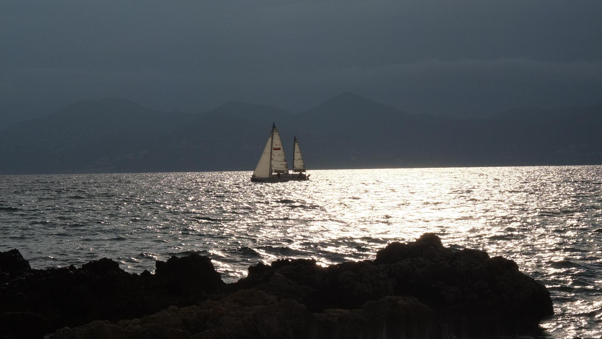 Segelboot nahe Cannes