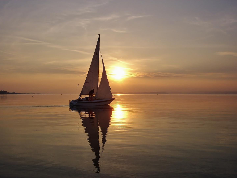 Segeln in der Abendsonne