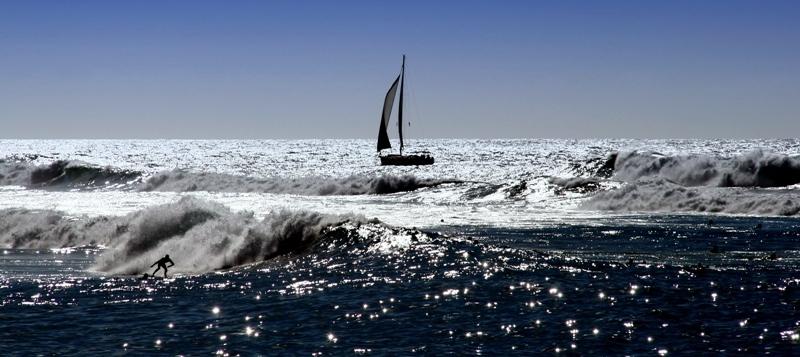 Segeln und Wellenreiten
