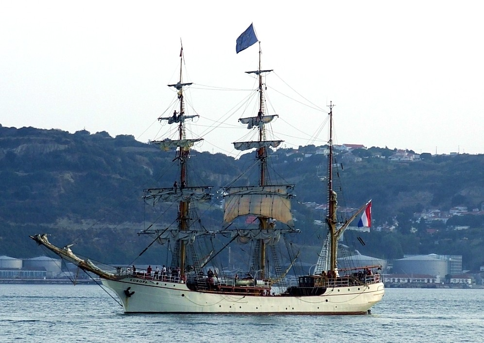 Segelschiff Europa in Lisboa ( Lissabon Portugal )
