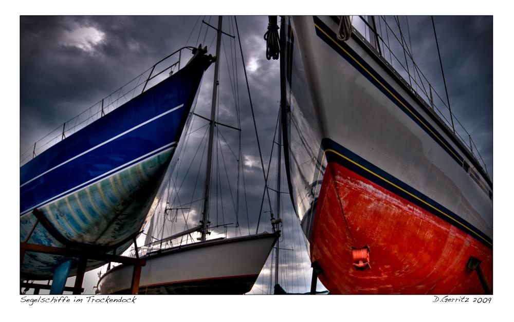 Segelschiffe im Trockendock