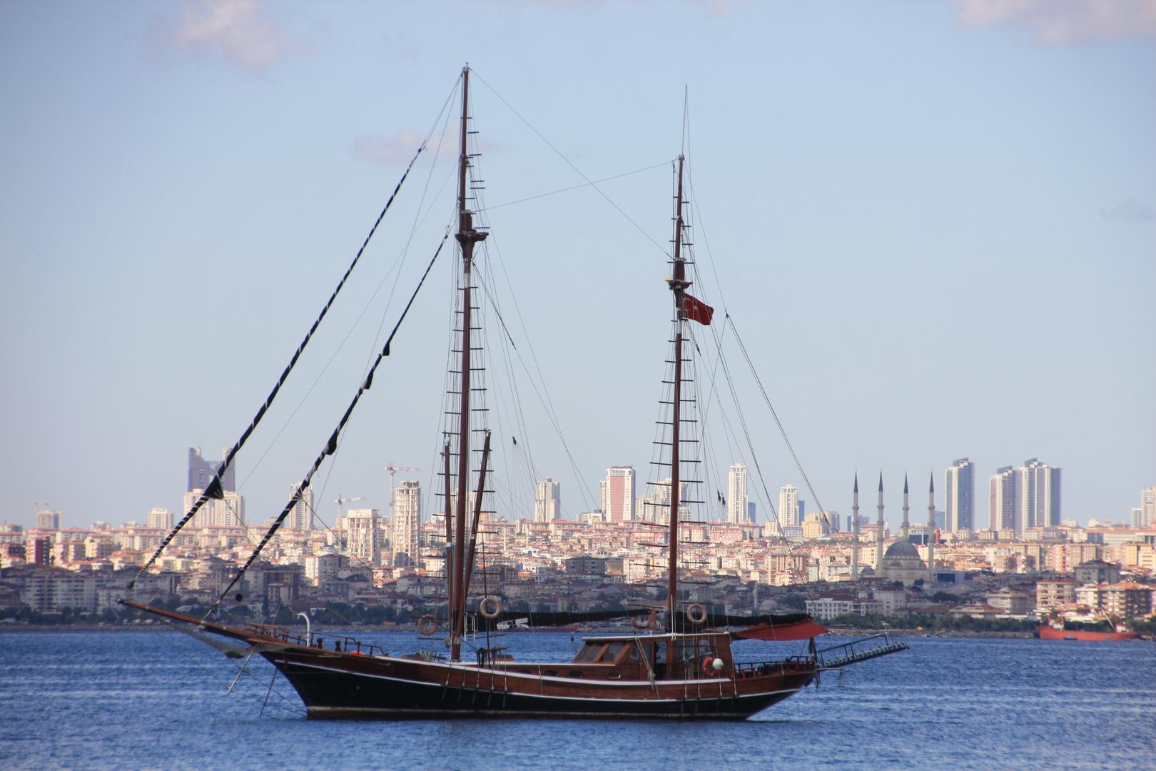 Segler am Bosporus