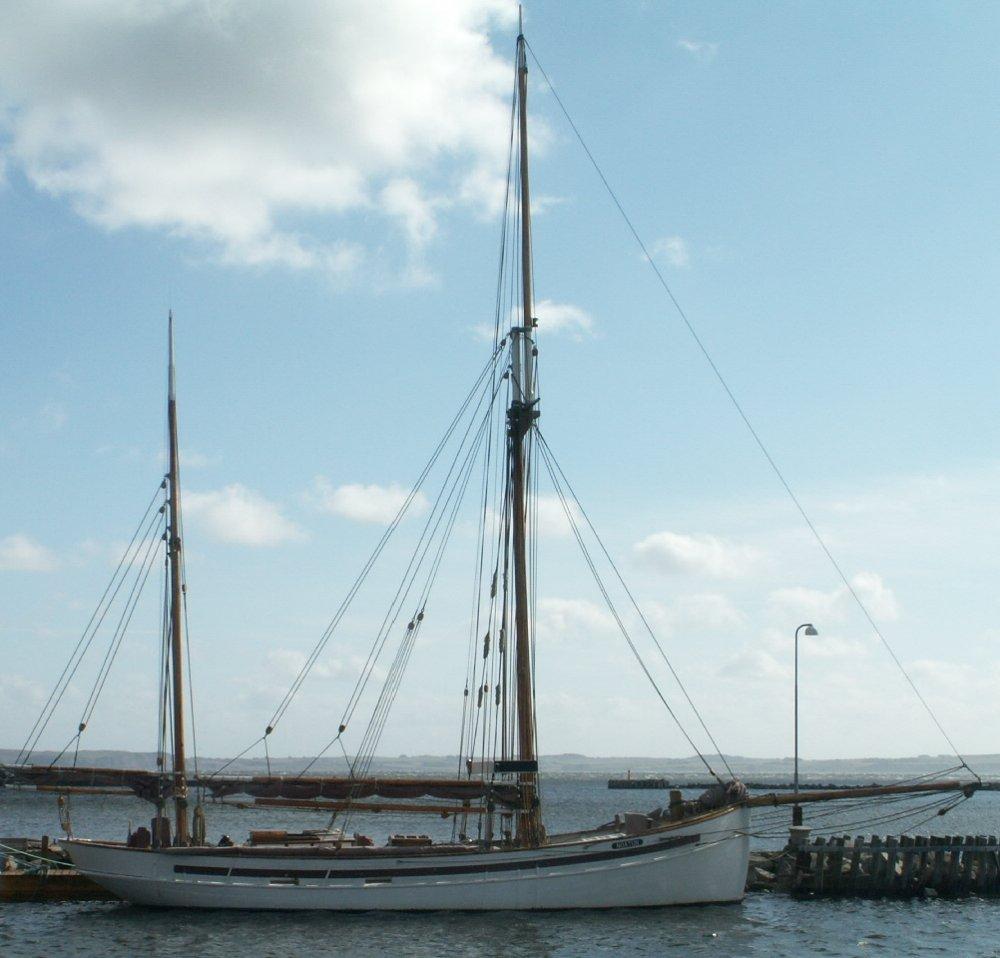 Segler Noatun im Hafen von Thisted / Dänemark