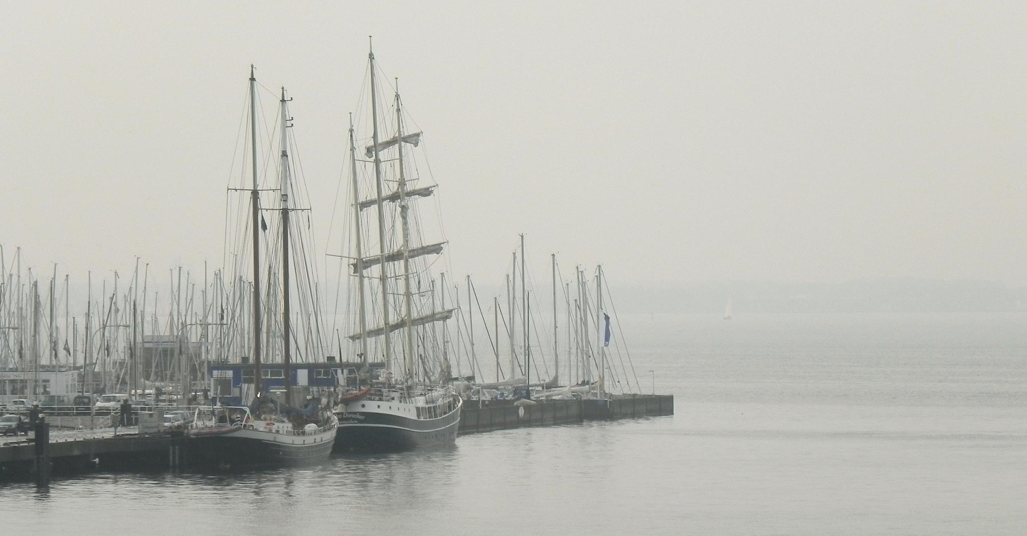 Seglerhafen bei Kiel