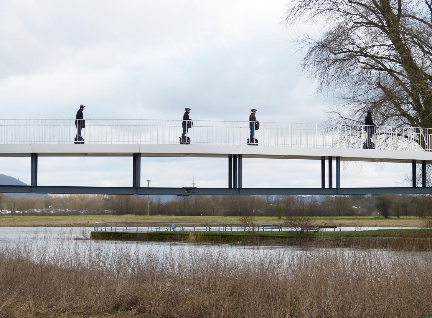 Segways auf dem Weserradweg