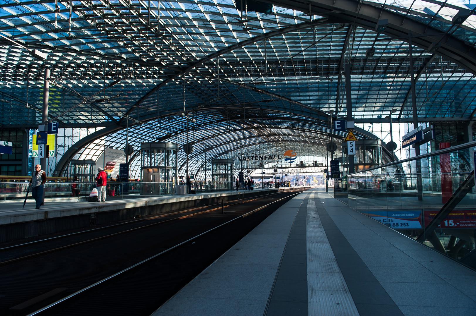 sehr schöner Bahnhof von Berlin