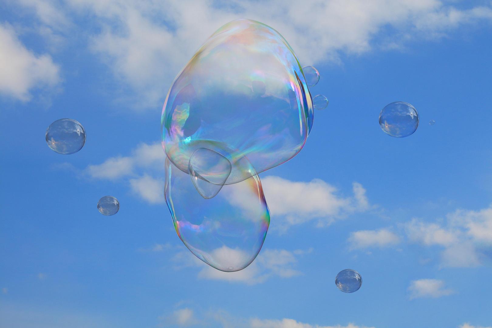 Seifenblasen am Himmel