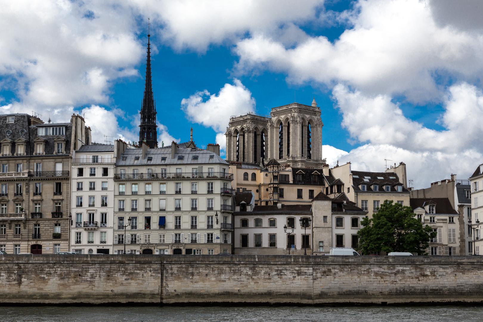 Seine-Tour (Quai Saint-Bernard)