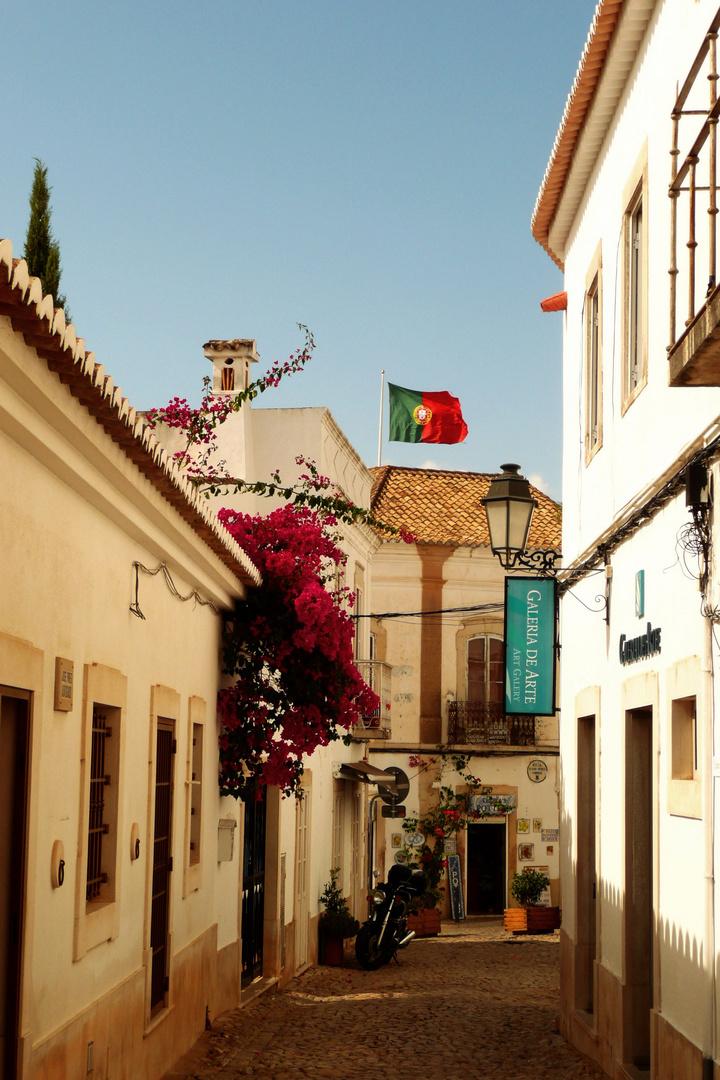 Seitenstraße in Loulé / Algarve / Portugal