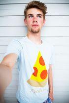 selbst - wie das letze stück pizza - keiner traut es sich zu nehmen