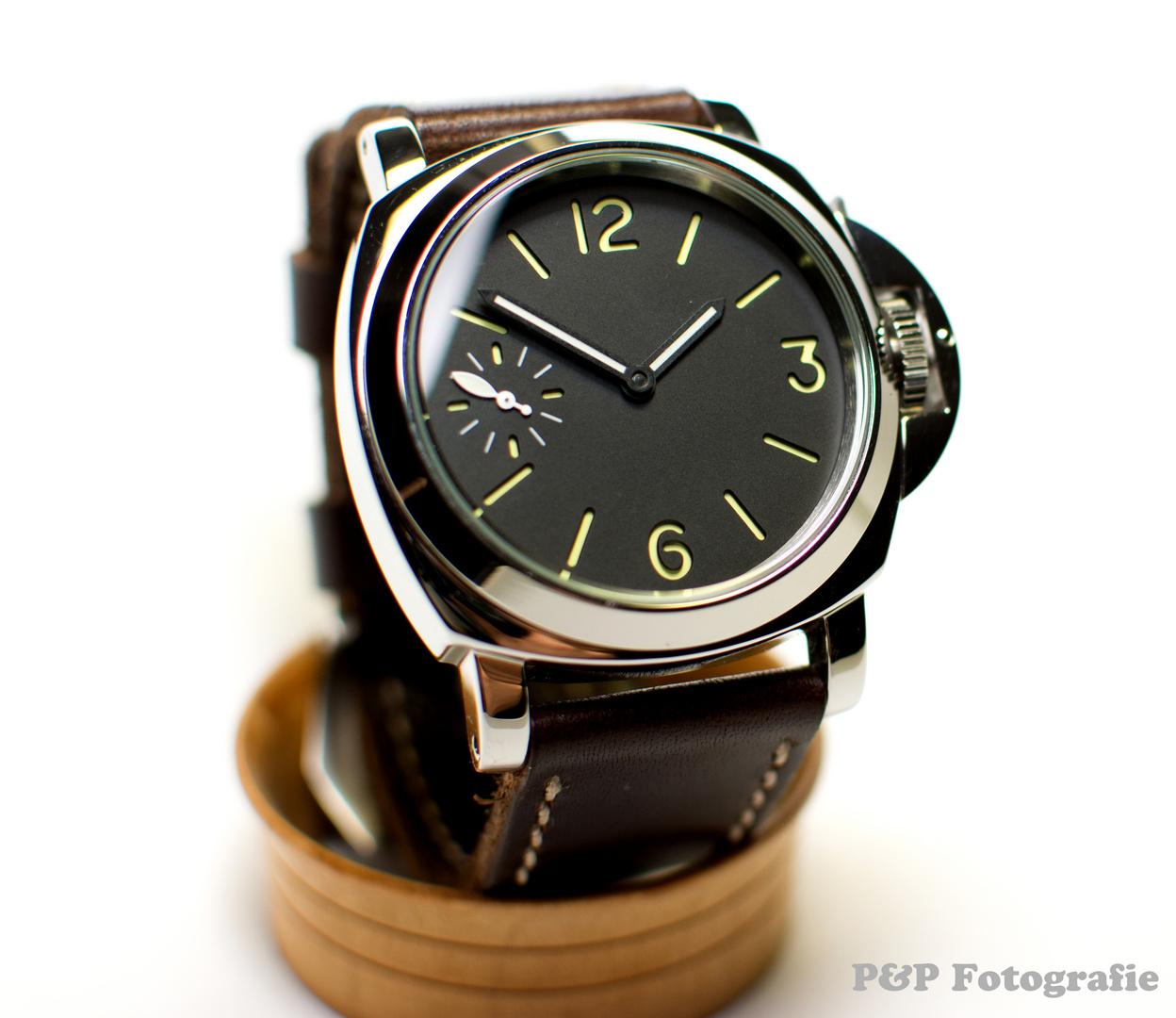 Selfmade Uhr Schneider