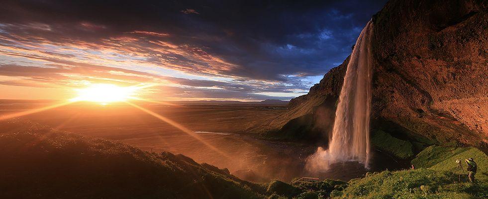 Seljalandsfoss zur Mitternachtssonne | Island